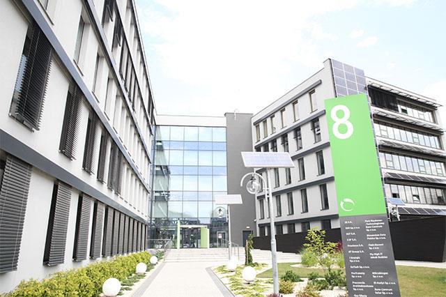Euro Centrum, Budynek 8